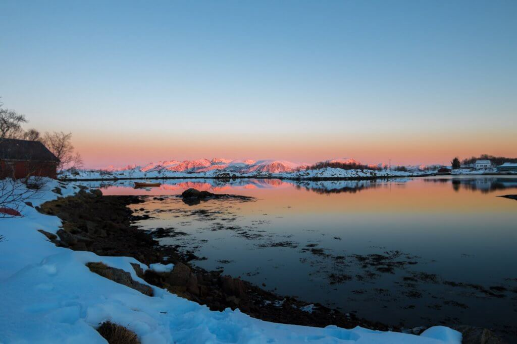 Zonsondergang Noorwegen Ringstad